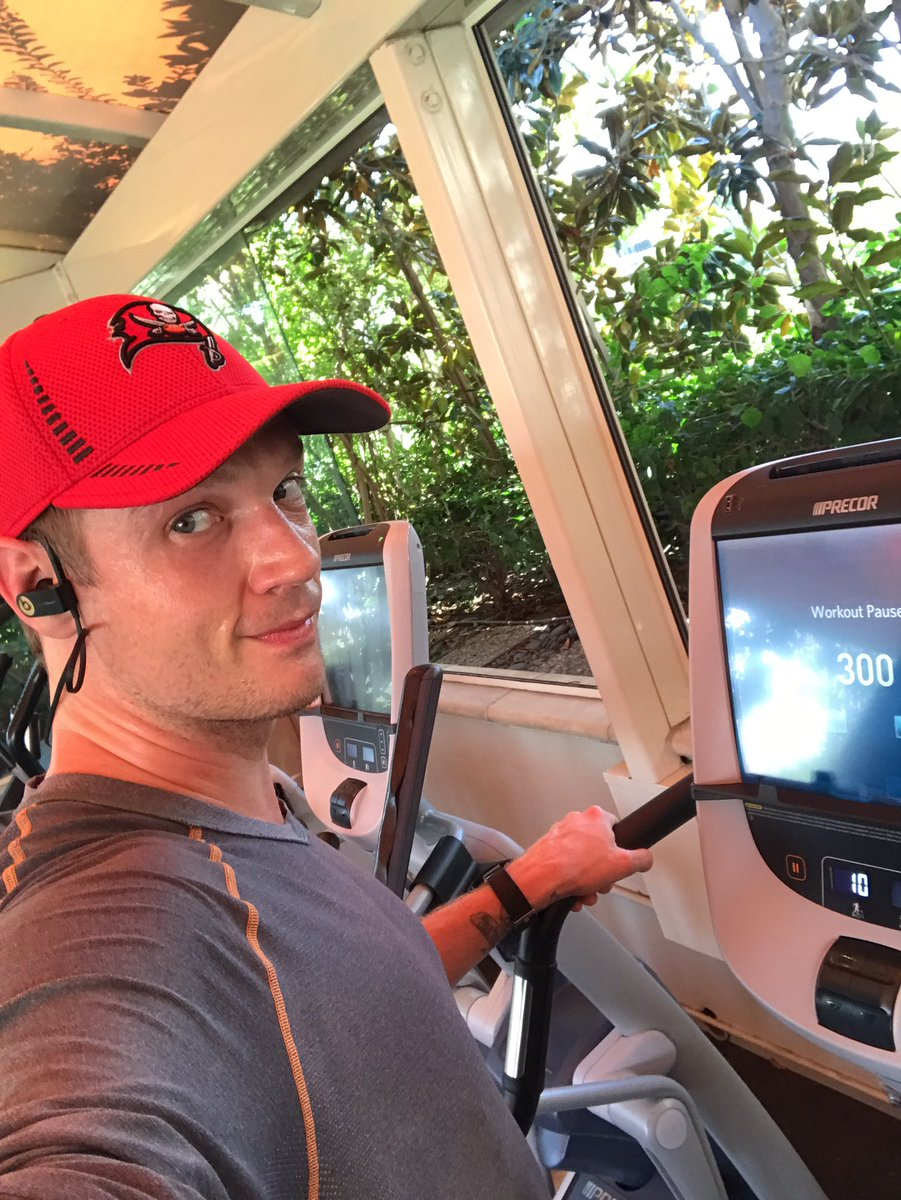 Getting some cardio in before tomorrow&#39;s LIVE show for @BoyBandABC #fitness #health #clarity #BoyBand #pow<br>http://pic.twitter.com/nP6zdqQXiX