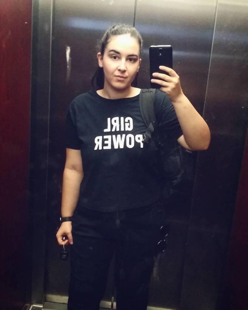 Clean the mirror ✖ #girlpower #backinblack https://t.co/ZfMqUwSnoe htt...