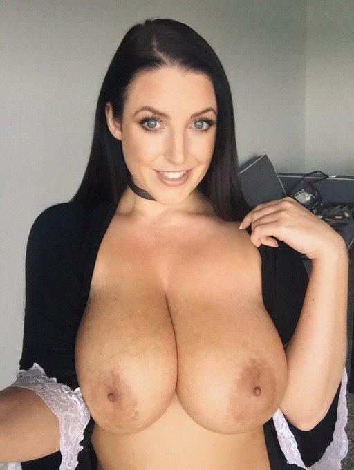 1 pic. I had sex today 💕 https://t.co/2TnGfkdA6e