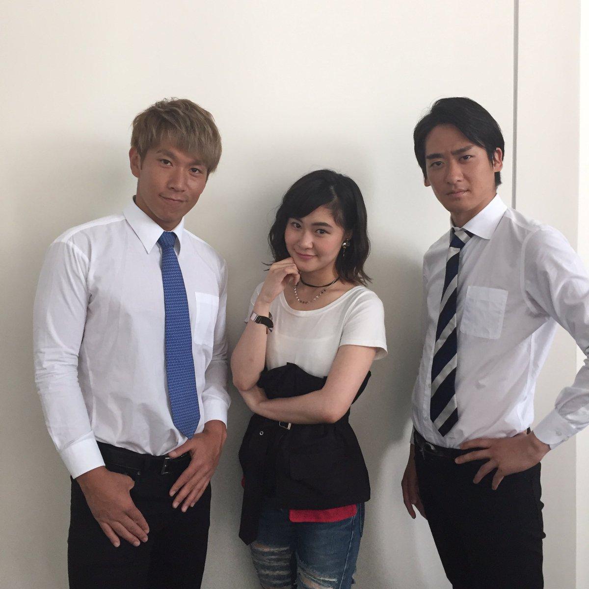 また、村上佳菜子さんはブルゾンちえみさんの大ファンということでテレビ番組の企画ではブルゾンちえみさんに扮して登場したこともあったりと\u2026