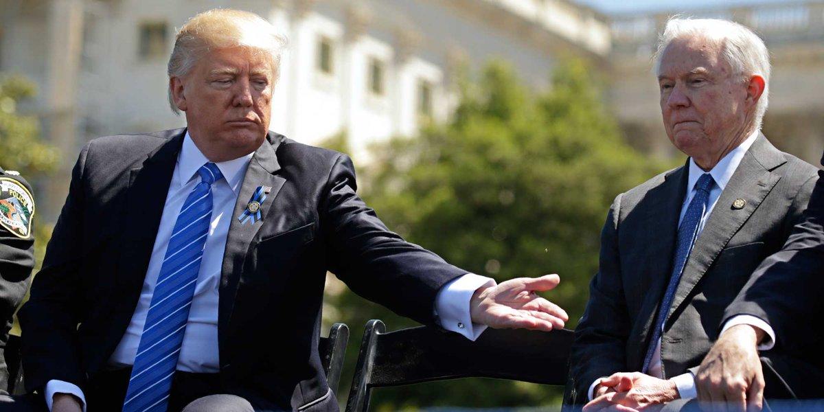 'Merci Jeff mais je ne vais pas vous prendre.' Voici ce que Trump a envie de dire à son ministre de la Justice https://t.co/JD7zAfY0Hc