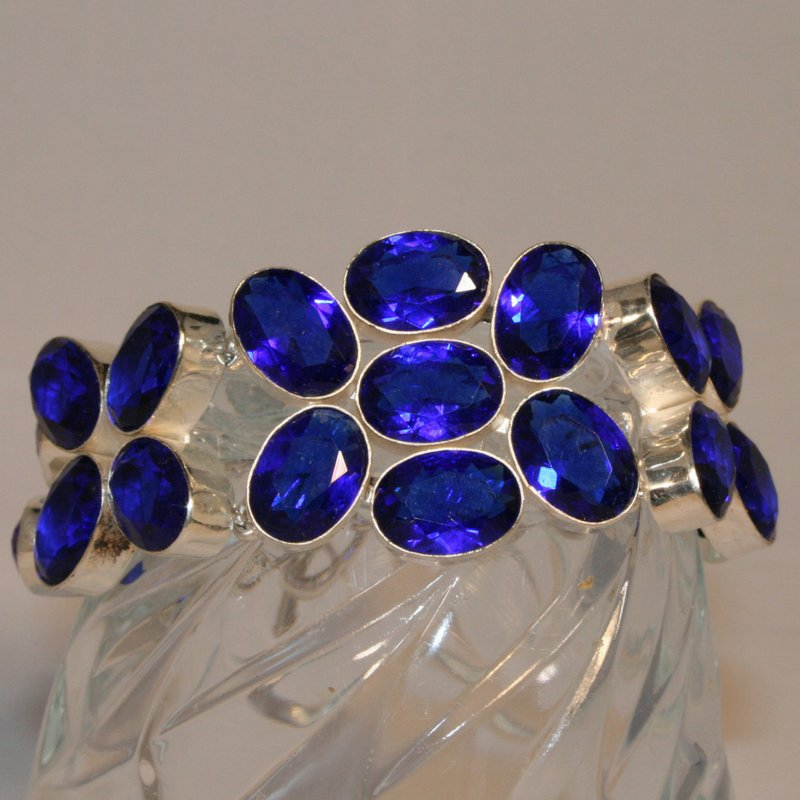 This beautiful #statement #bracelet is perfect for a #newyearparty2017  http:// bit.ly/2hf6pr6  &nbsp;   #tanzanite #blue #sparkle #shine #silver<br>http://pic.twitter.com/X1heQWq5At