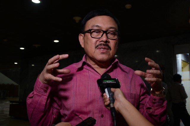 KPK Tak Bisa Berantas Korupsi Sendiri https://t.co/mywbscFYUb https://...