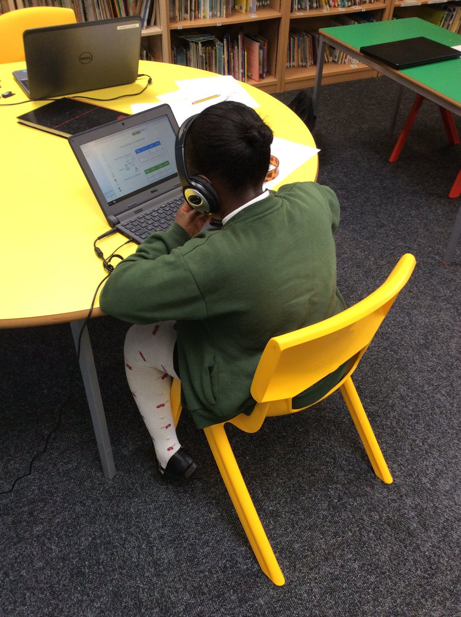 Great to see our Year 6s already engaging on @thirdspacetweet @TheParksAcademy #thirdspace #maths #year6<br>http://pic.twitter.com/q6OCmpZrMJ