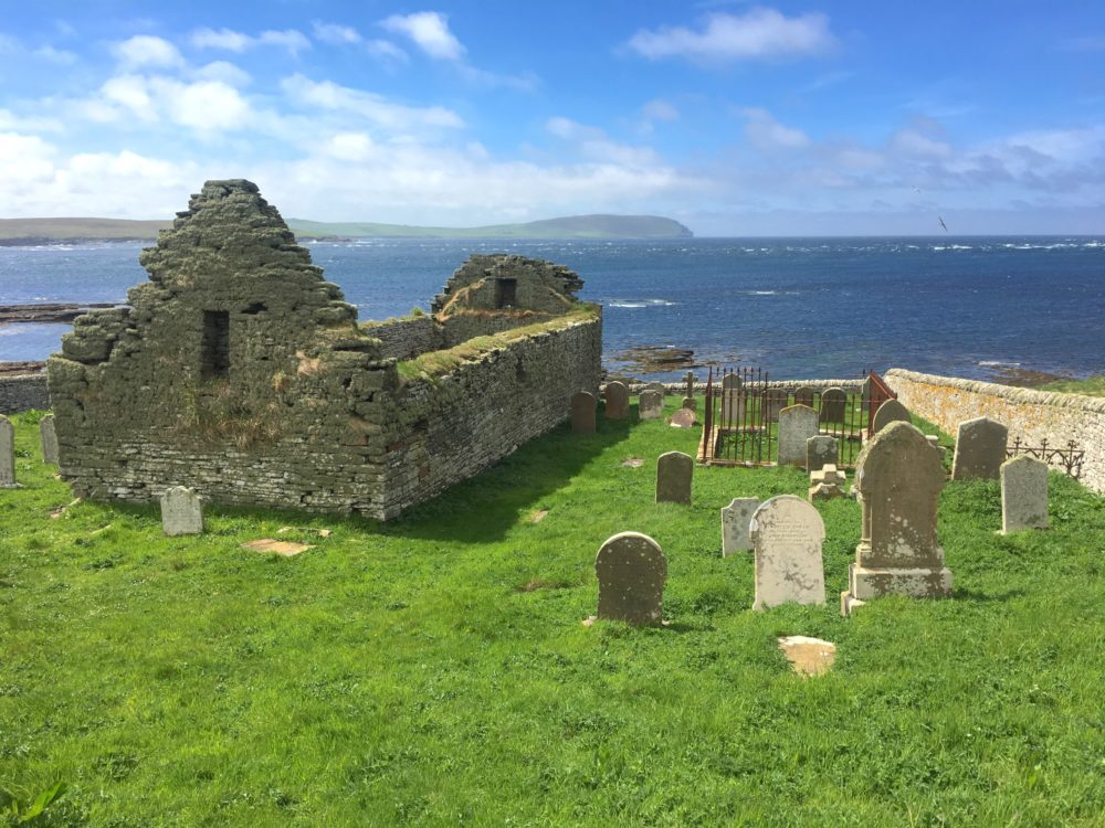 56-foot waves are swallowing Stone Age sites located on Scotland's picturesque #Orkney Islands:  http:// e360.yale.edu/features/herit age-at-risk-how-rising-seas-threaten-ancient-coastal-ruins &nbsp; …  #climatechange <br>http://pic.twitter.com/u8fV4Ky4Ml