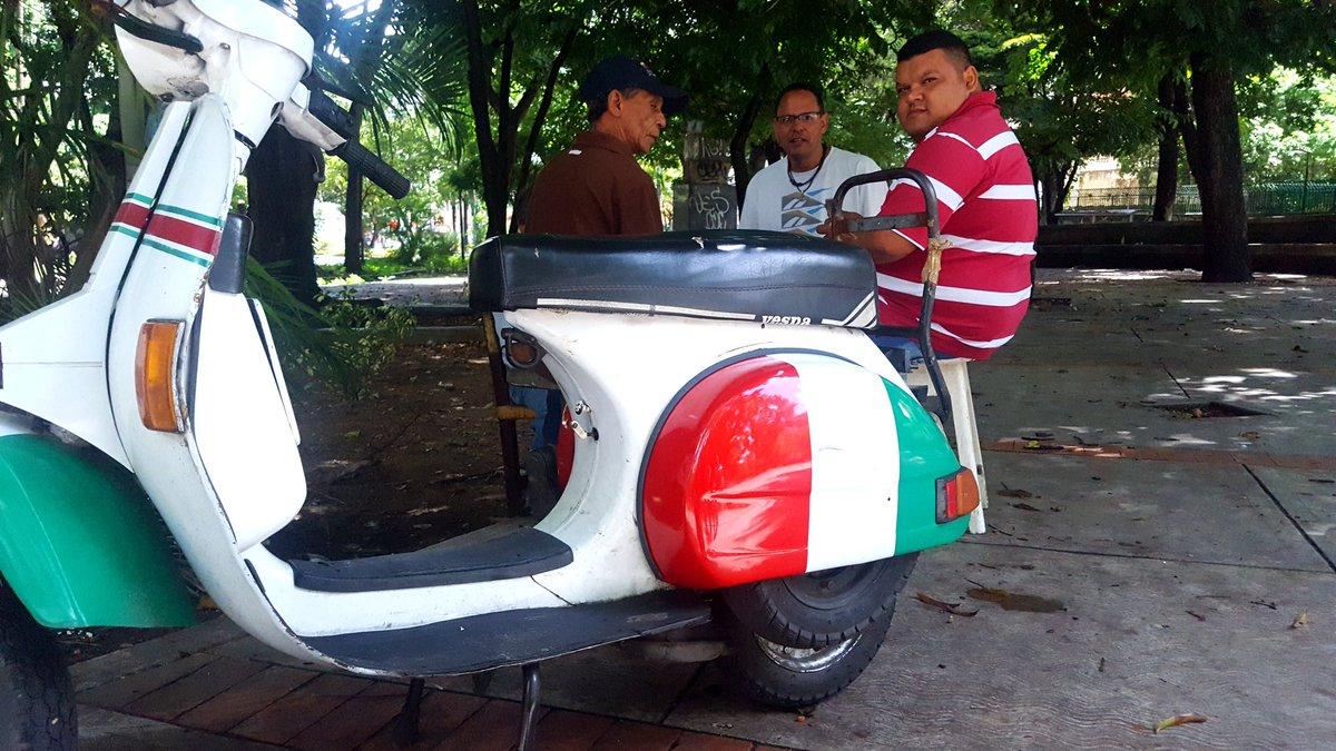 #Caracas en el Cafetal first love never fades... strike or no strike, Viva L&#39;Italia! #ThisIsVzla<br>http://pic.twitter.com/dePe6Yd3Bb