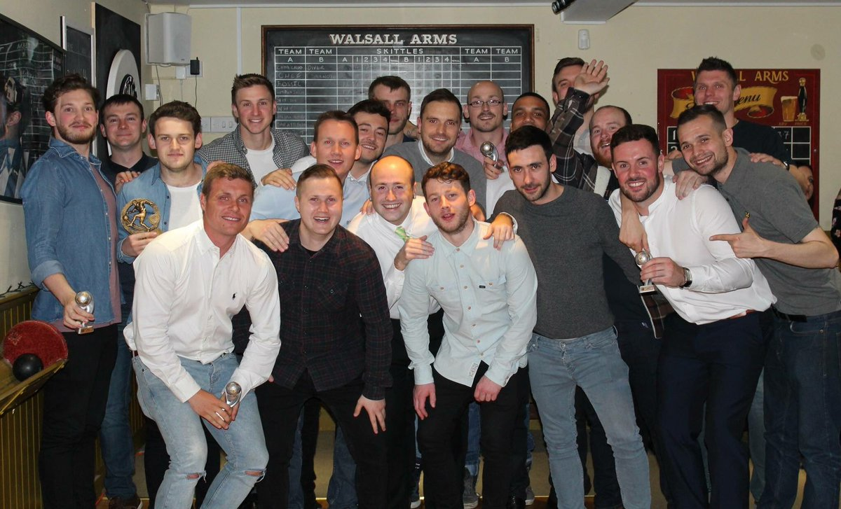 Presentation Evening 2016/2017 Squad Photo! #ShireOak #Bears #WalsallArms #Football #Presentation #Evening #Squad<br>http://pic.twitter.com/hCnrbIJDbz