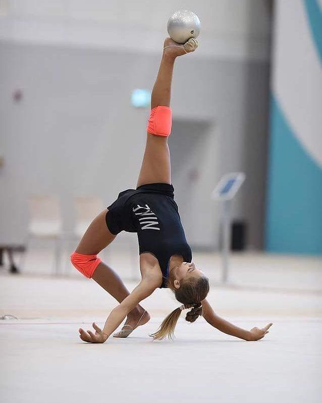 узнаваемый символ художественная гимнастика фото с тренировок миддлтон одна