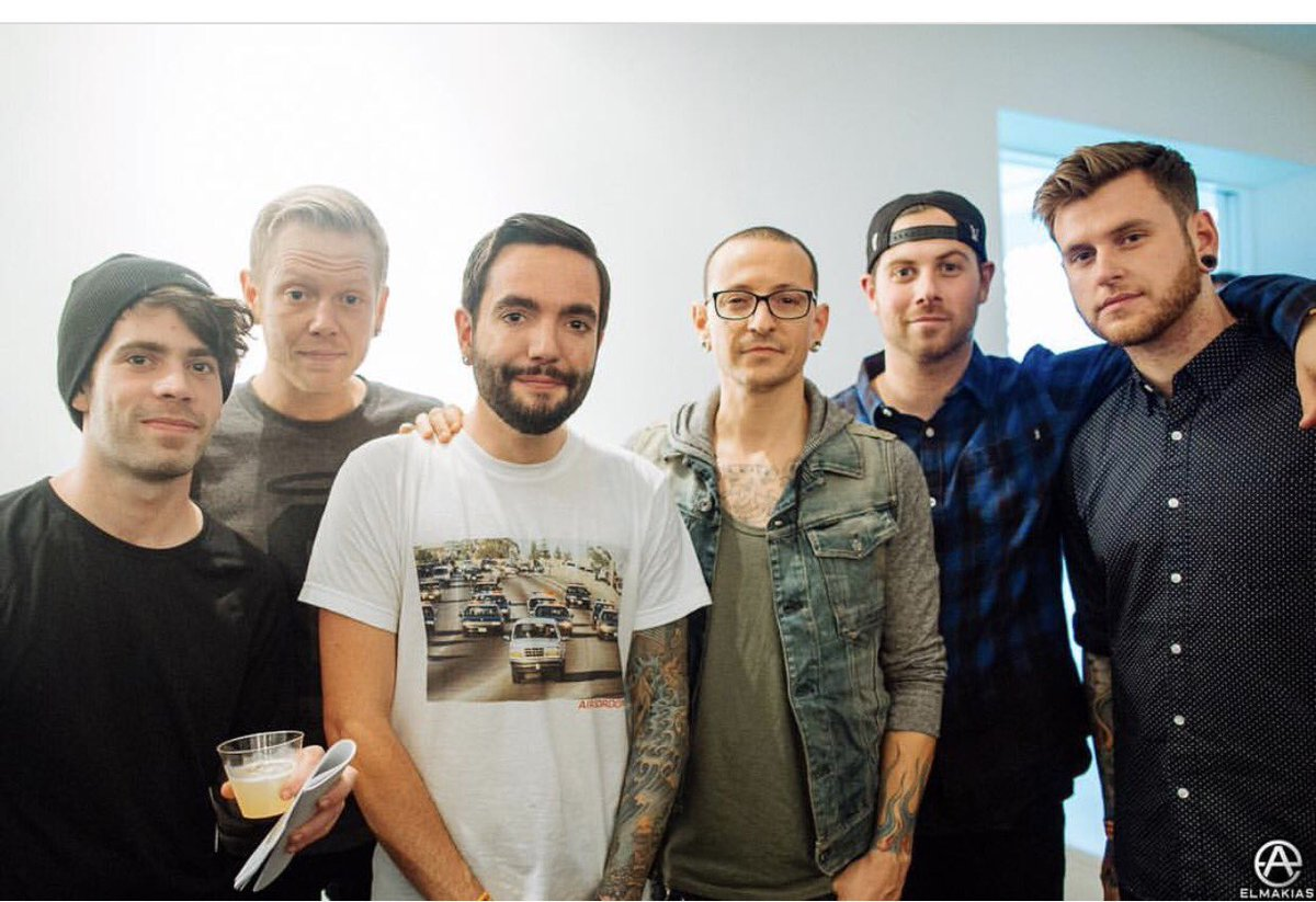 Ugh... I just heard the news about Chester. This is awful. RIP. https://t.co/BzUaED5s3Z
