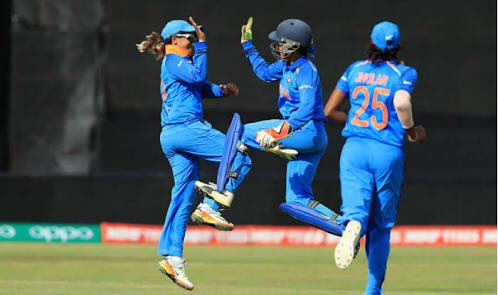 Brilliant finish by the #WomenInBlue! The pic says it all! Here we come Lord's! My best wishes for the final against England #AUSvIND #WWC17