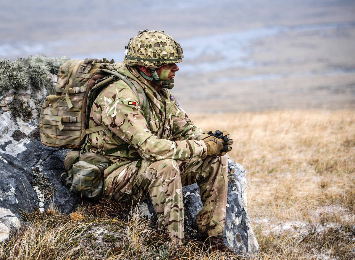 leadership and the army The best way to influence is to use the right leadership  the context is war and peace as practiced by the military services such as the us army and us air force.