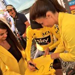 RT pour gagner ce @maillotjaunelcl @lecoqsportif dédicacé par @chrisfroome / RT to win this yellow jersey signed by @chrisfroome #TDF2017