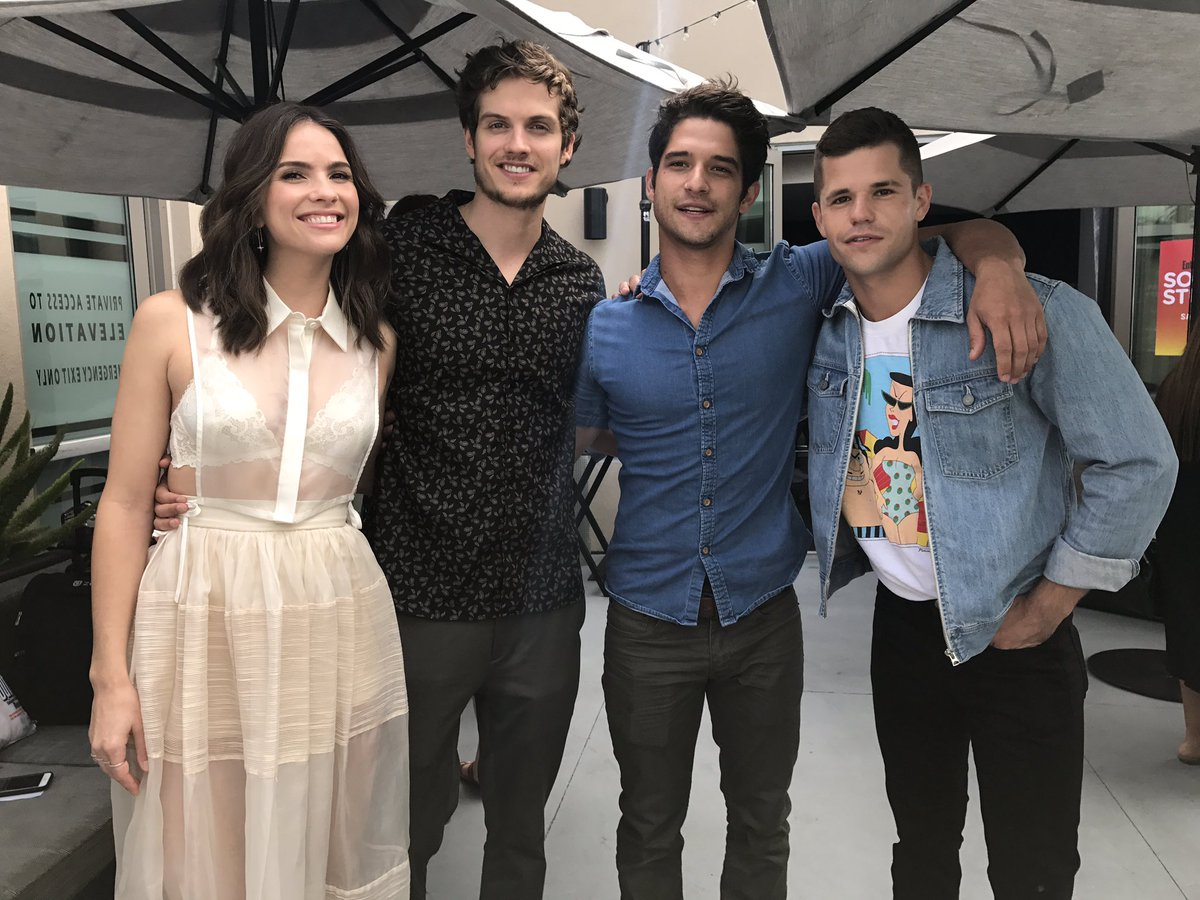 An unexpected mini @MTVteenwolf reunion at #SDCC! My heart is full 💜 #...