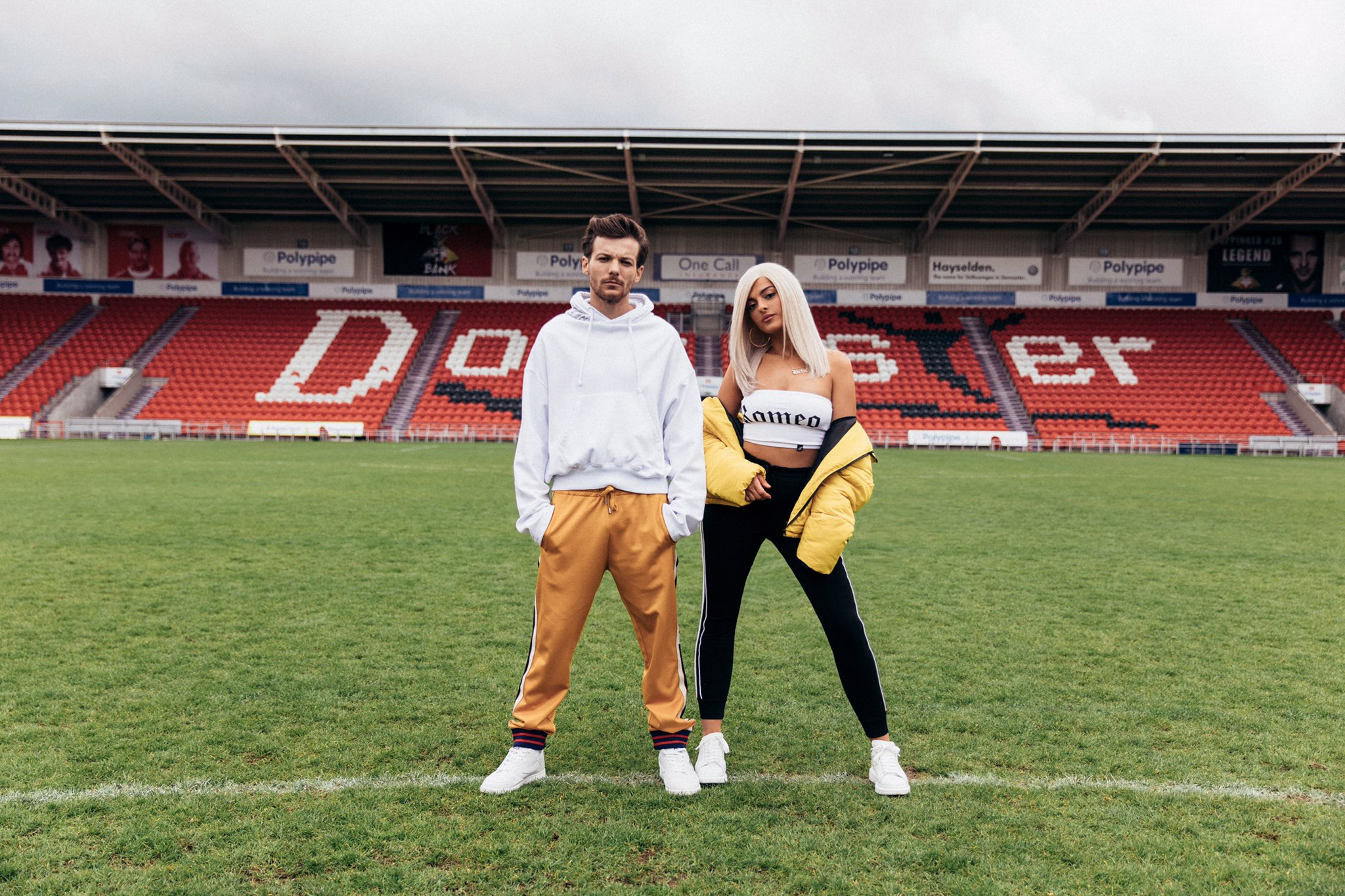 #BackToYou TOMORROW.. For a lil sneak peek, head over to https://t.co/fXGYdsCUi1 ⚽️❤️��@Louis_Tomlinson https://t.co/7QqeKYFX2O