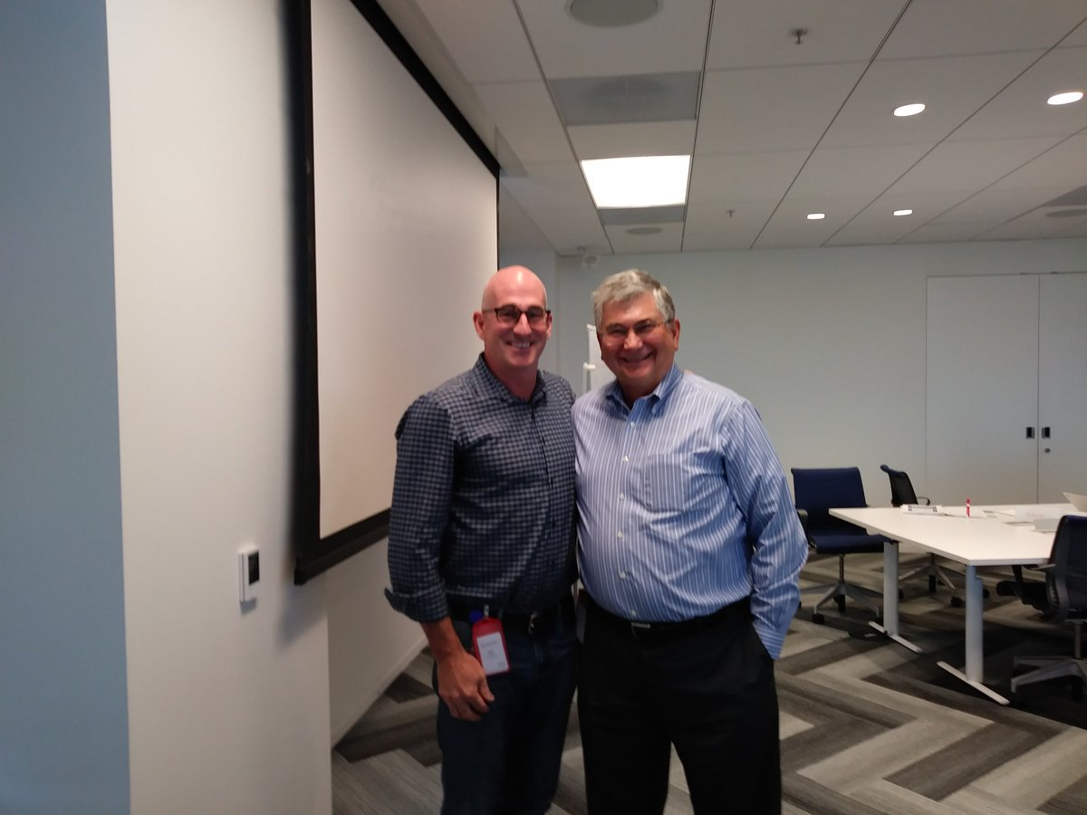 Great time w/ @donhinman from @EpsilonMktg days to share #attribution practices and A360 demo with the talented @Visa #measure team<br>http://pic.twitter.com/rmFF2Evp7I