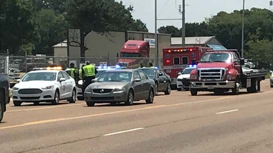 Pedestrian in critical condition after being hit by tractor trailer >>https://t.co/0F54ca8ivf #wmc5