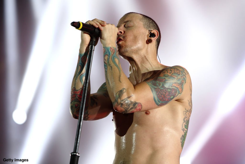 Linkin Park singer Chester Bennington has died of apparent suicide at 41, @TMZ reports https://t.co/MaYDVAhedI