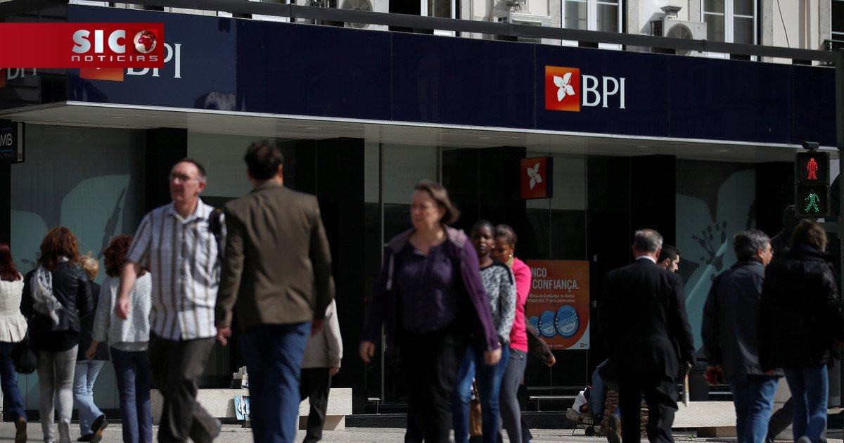 Banco BPI anuncia saída de 617 trabalhadores https://t.co/I4OKfEwoA3 h...