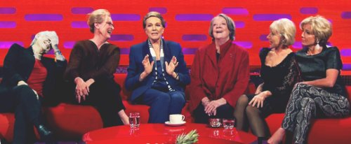 LOVE the person who made this #JudiDench #MerylStreep #JulieAndrews #MAggieSmith #HelenMirren #EmmaThompson<br>http://pic.twitter.com/o9dhKbsaTa