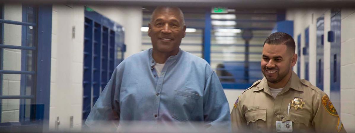O.J. Simpson obtient sa remise en liberté après 9 ans de prison https://t.co/DZS2FToFMu