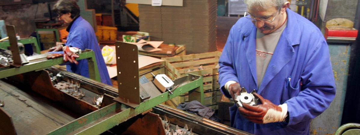 Ardennes: des salariés licenciés doivent rembourser une partie des indemnités... 9 ans après avoir quitté leur usine https://t.co/XvQI2jRwLT