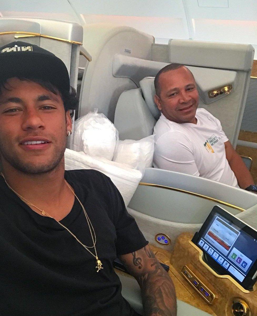 Neymar Senior revient sur le mercato de son fils