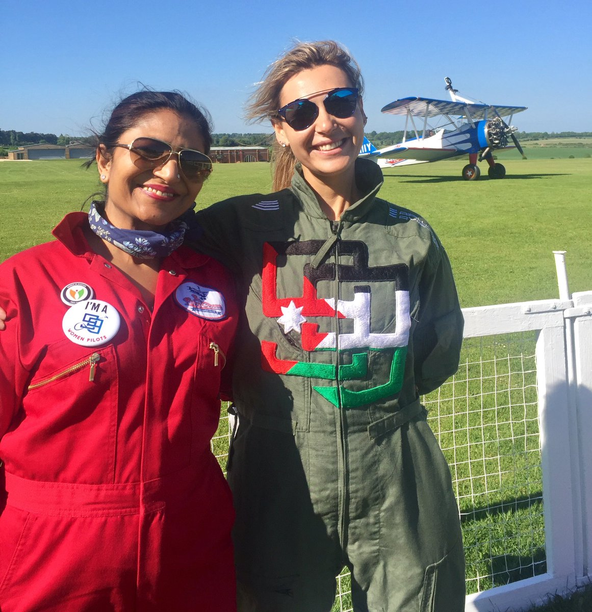 Two proud #99s after wingwalking 4 @Aerobility #Fundraising 4 #Disability #IndiaSection99s #Arabian99s<br>http://pic.twitter.com/bpVwBchM0t