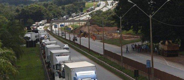 Governo vai instalar câmeras nas rodovias para inibir roubo de carga. https://t.co/unipLk3hIC [@laurojardim]