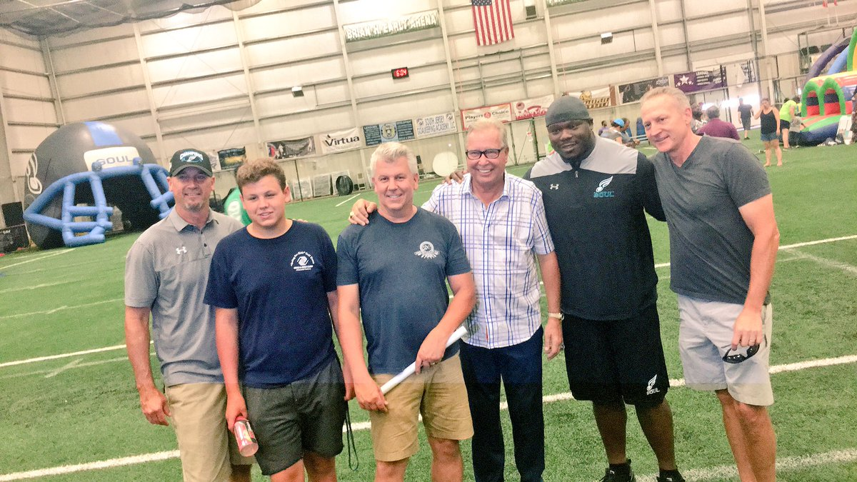 #TownTakeover with @soulfootball and @TTESportComplex #RollwiththeSoul #RoadtoRepeat<br>http://pic.twitter.com/EmWcUHPgkW &ndash; bij Total Turf Experience