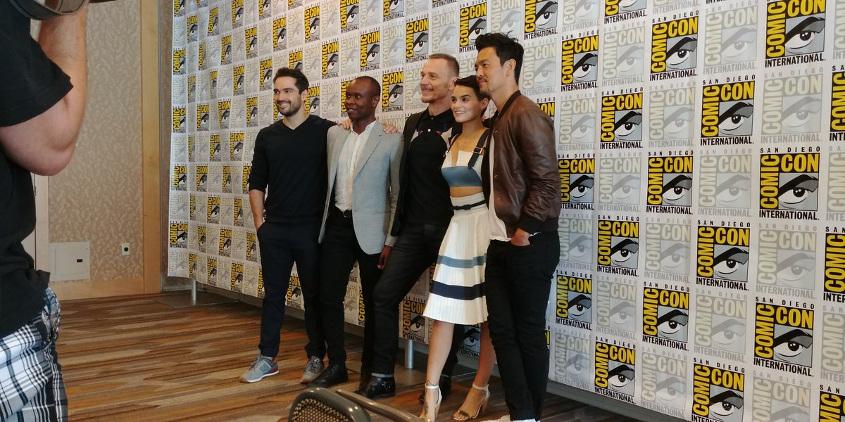 The cast of @TheExorcistFOX season 2. #SDCC2017 https://t.co/UVllFIGwhY