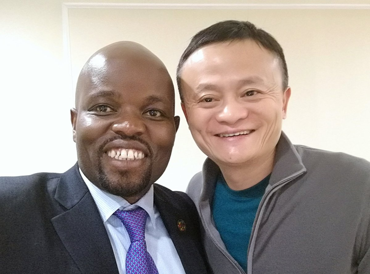 I like the way our Minister @nsengimanajp Behave! Minister of youth reflecting youth traits! wow! #Rwanda #Chine #JackMaInRwanda <br>http://pic.twitter.com/mn6DBicq0i