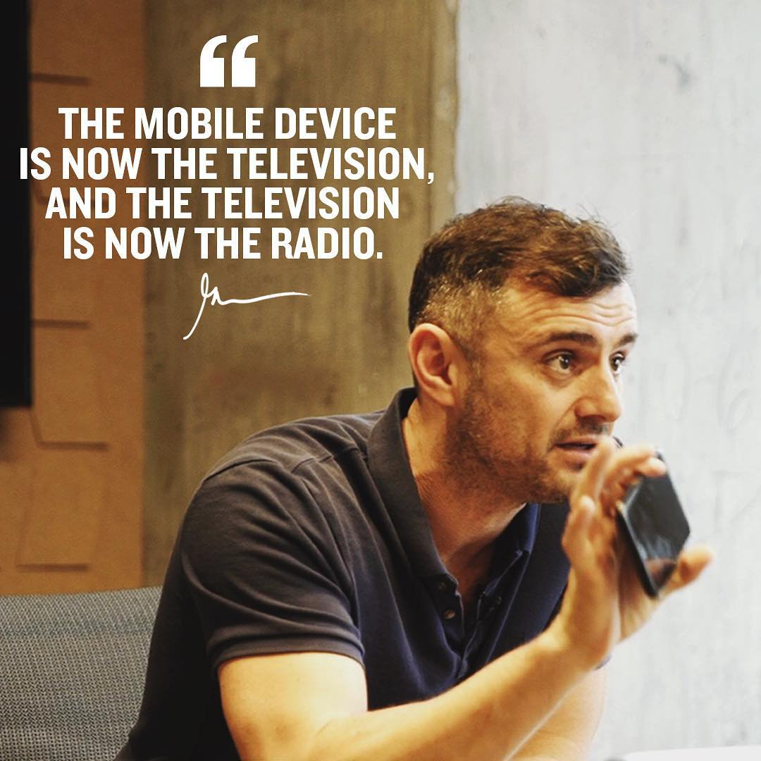 &#39;&#39;The mobile device is now the television, and the television is now the radio.&#39;&#39; - Gary Vaynerchuk #quote #marketing #mobilemarketing #tech<br>http://pic.twitter.com/Sn7M0hNYcJ