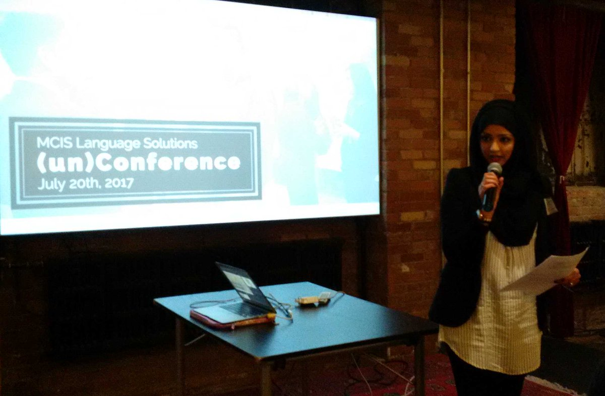 Superstar @mcislanguages organizer @zeekay_123 laying out the next steps for these #socinn/#socent ideas @csiTO.<br>http://pic.twitter.com/gPMF7gP4b1