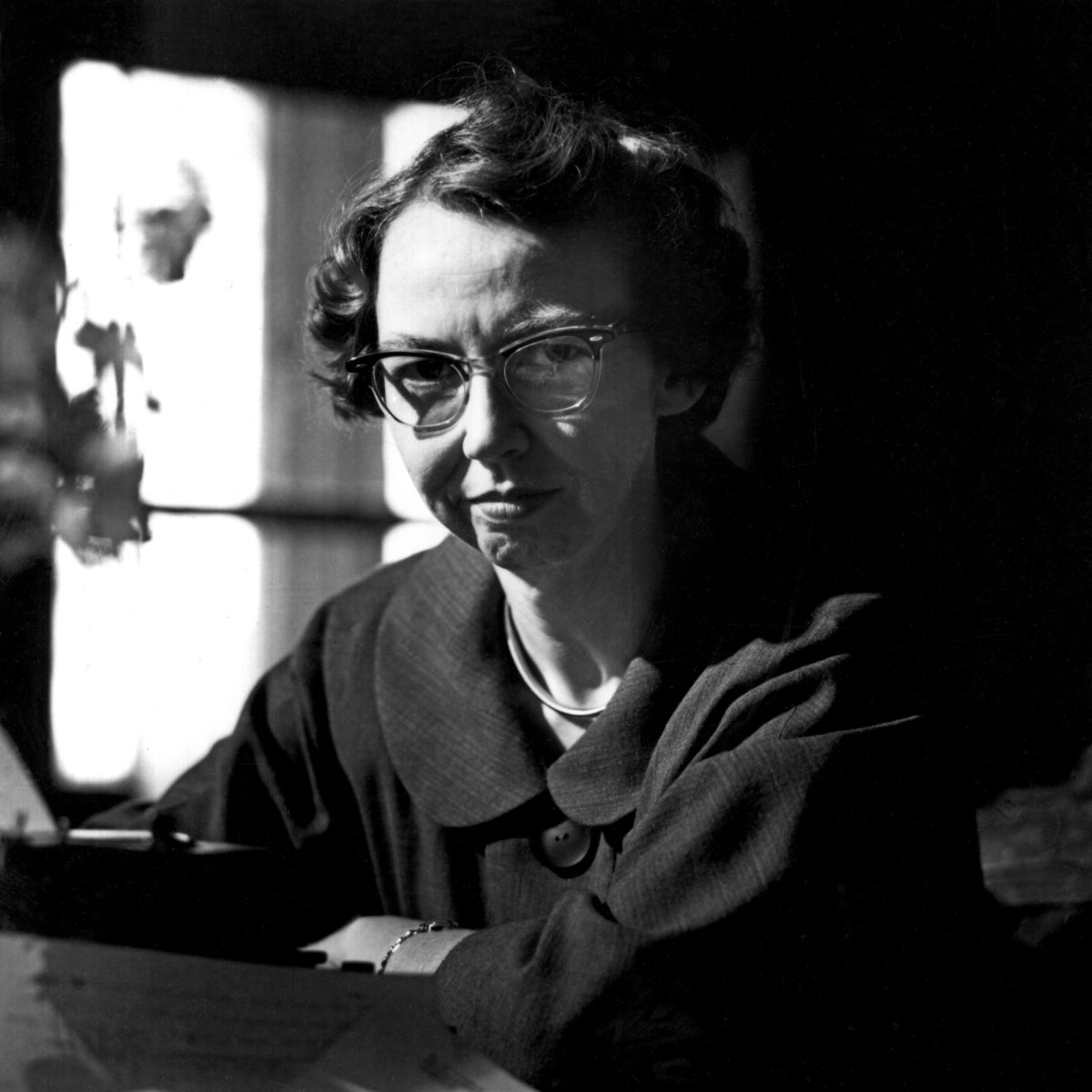 There's many a bestseller that could have been prevented by a good teacher. FLANNERY O'CONNOR  #amwriting #writing #writinglife <br>http://pic.twitter.com/B1QDBXqMuS