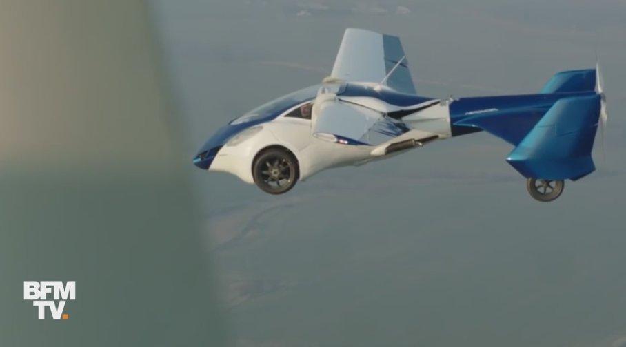 VIDEO - L'Aeromobil, la voiture qui s'envole en trois minutes https://t.co/V71iflWP7M