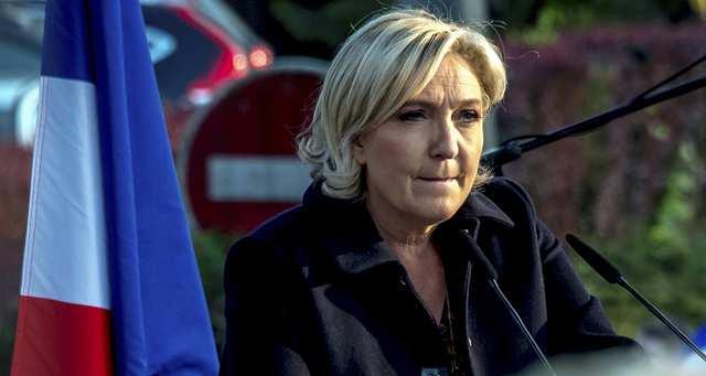 Euro : le FN ouvre un débat à hauts risques https://t.co/eWlAdXkSqG