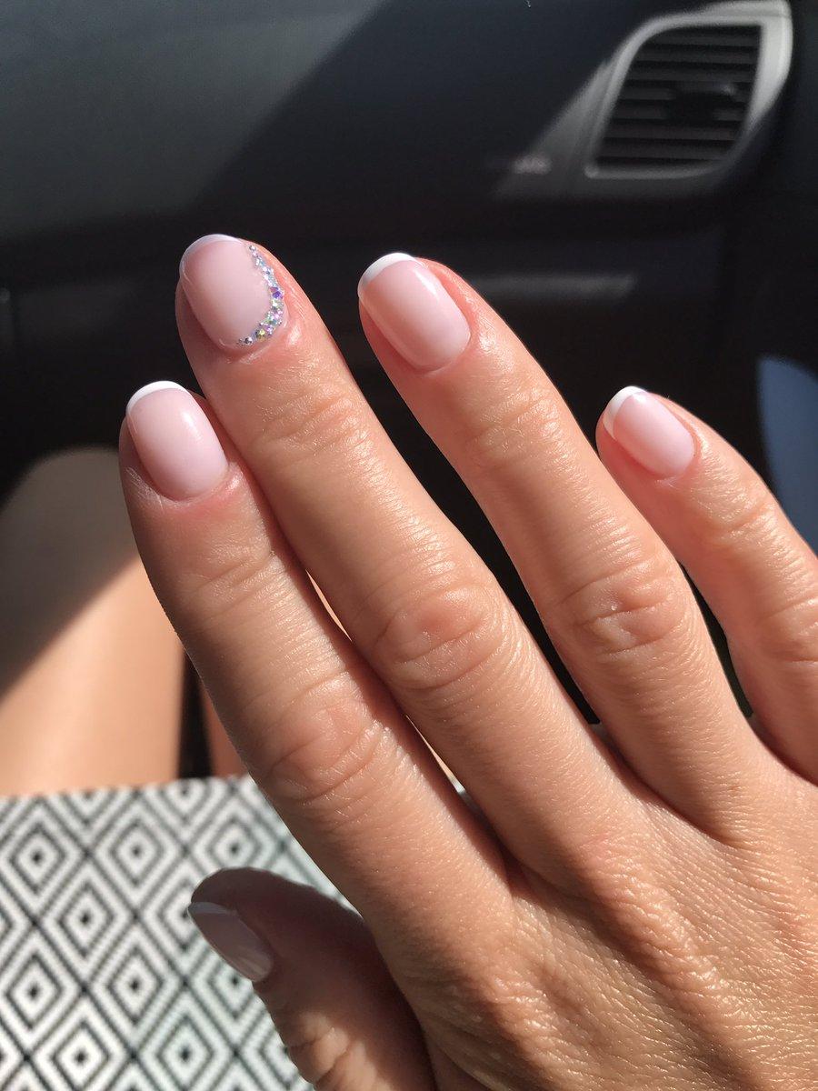 рисунки на ногтях красками лаками