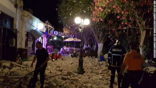 At least 2 people, both tourists, were killed when an earthquake shook the Greek island of Kos, the mayor said. https://t.co/Nb0jp2U712