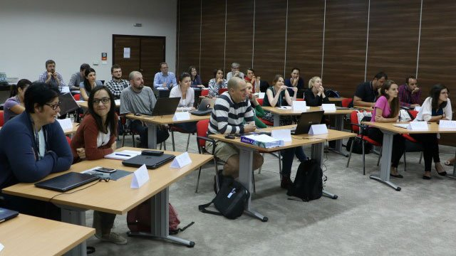 Learn from the best. Apply to be part of BIRN's 2017 investigative reporting #masterclass:  http:// bit.ly/2tRe9FV  &nbsp;   #journalists <br>http://pic.twitter.com/ByWALo2sv1