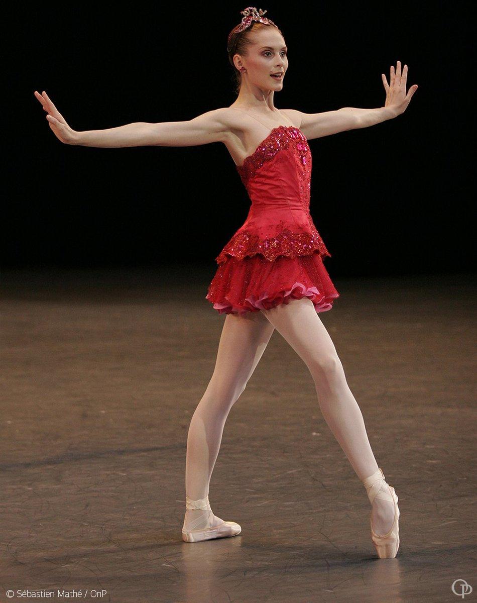 La saison de danse s'ouvrira en septembre avec #Joyaux de #Balanchine. Réservez vos places dès maintenant:  http:// bit.ly/2tTz0sz      #ONP1718pic.twitter.com/ez717OzwlS