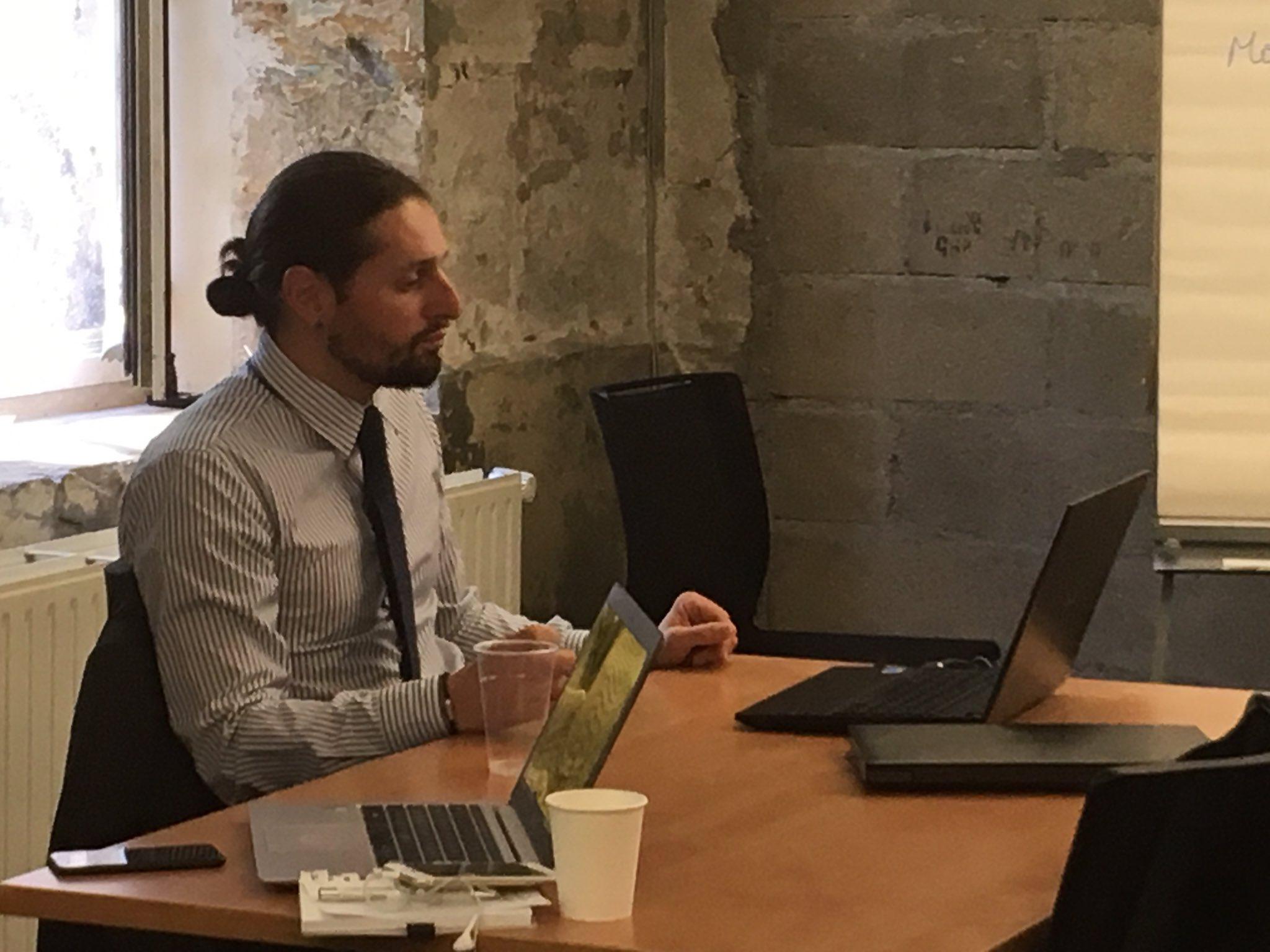 [#LabCedap] Intervention de #ErwanMedy, analyste stratégique à l'Adit - leader européen de l'intelligence stratégique - pour le #Cedap. https://t.co/zw9EzJVLFv