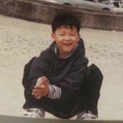 Jimin só cresceu, olha os olhinhos dele, as mãozinhas, esse sorriso; eu to chorando   #LOVEJIMIN