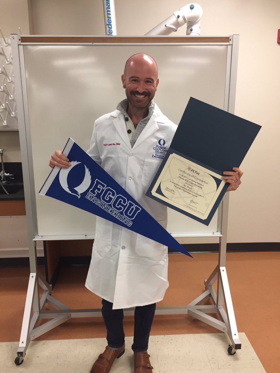 Just finished an amazing 90 hour cert. for the new biomedical program!! @BarronCollier @CollierScience #ccpssuccess #biology <br>http://pic.twitter.com/HRgoRPESA8