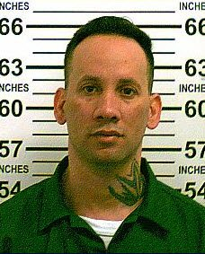 Parolee who escaped officers on Staten Island while in handcuffs is captured in the Bronx, police say https://t.co/rwOxyrfzjU