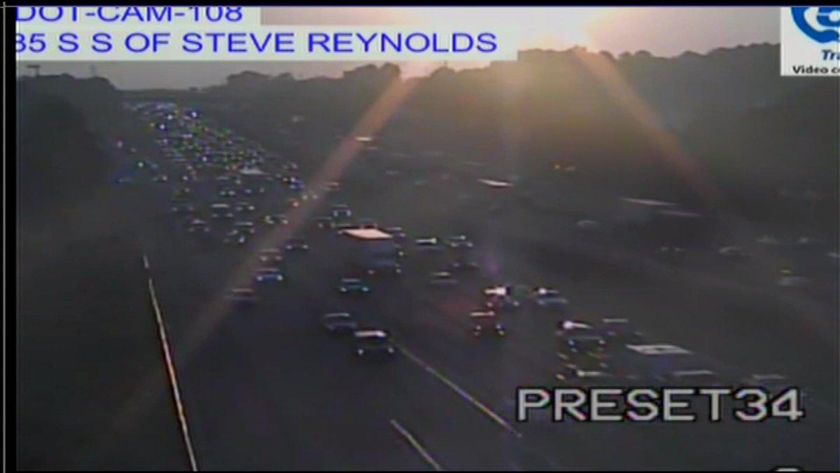 Flashing blue lights I-85 SB at Steve reynolds Blvd. Getting bad from hwy 316  https://t.co/MXWZrEqJLJ https://t.co/r9U136MgUI