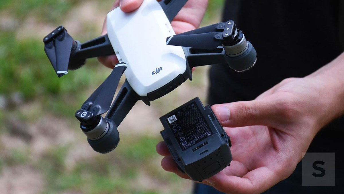 DJI Spark review: A powerful, portable drone with room for improvement https://t.co/Xz1aAzif7B