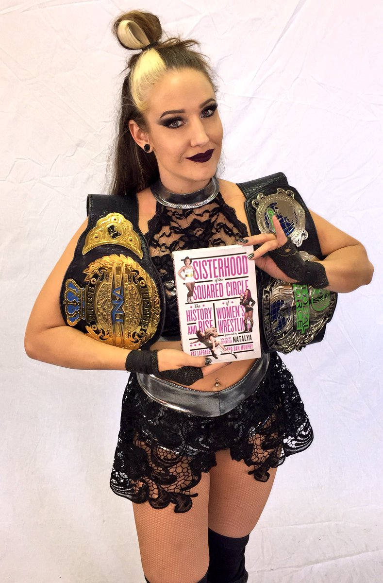 You like watching the unify GFW women&#39;s champion every Thursday on Impact? You might as well like what she&#39;s reading! #sisterhood #pinkiesup <br>http://pic.twitter.com/qpL7dVJrrt