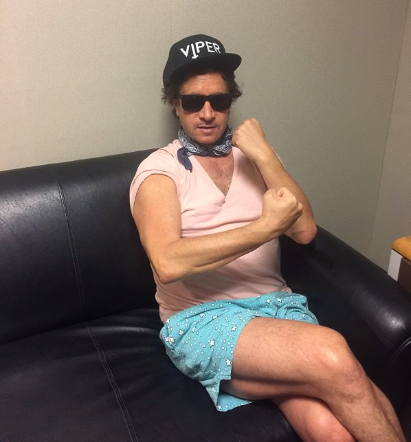 The weasel has landed! Tune into @PrestonSteve933 now to catch @PaulyShore! https://t.co/4oe7ND61HG