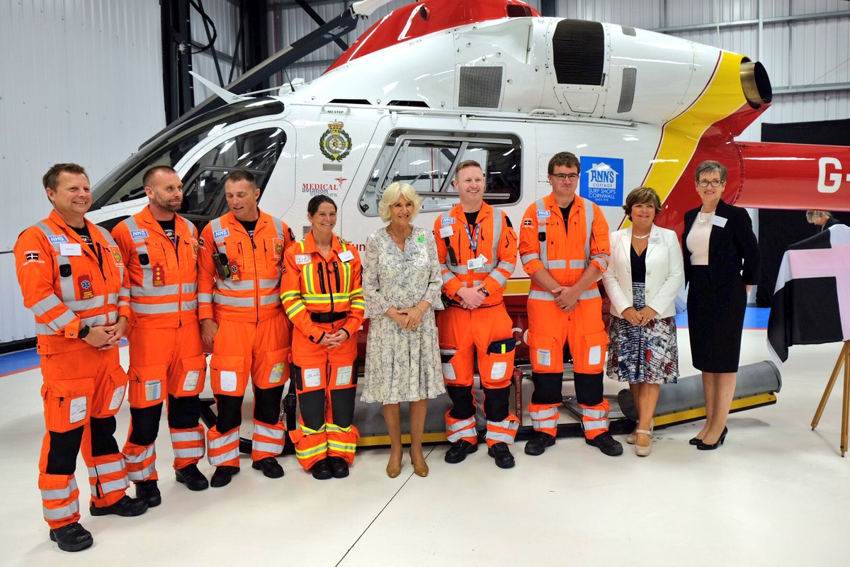 To end #TRHinCornwall, The Duchess helped celebrate @cornwallairamb's 30th anniversary.  HRH is their Patron.