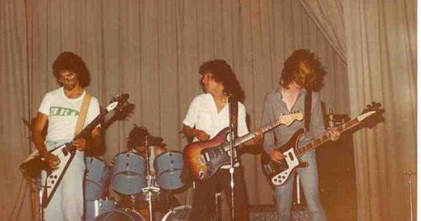 Happy Birthday to Jim Martin of Faith No More. His schoolmate and close friend was  Cliff Burton of Metallica
